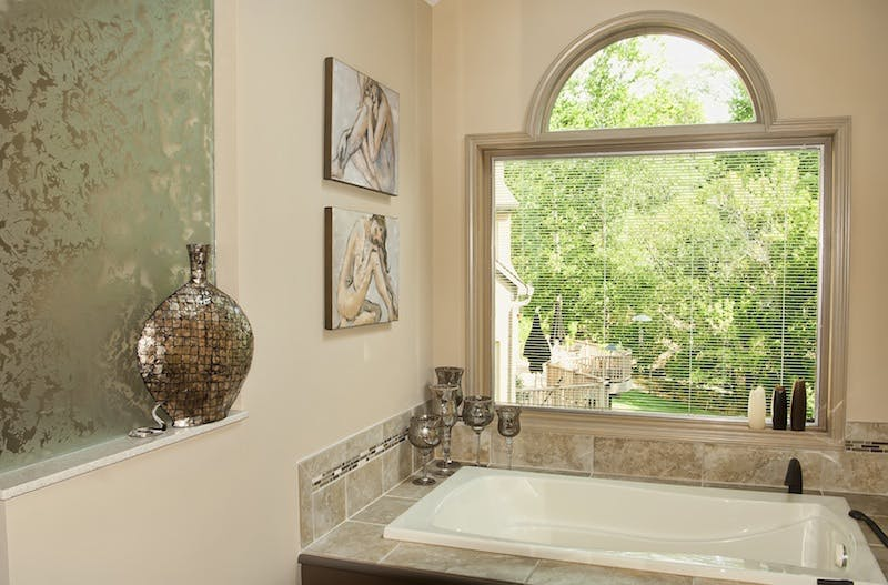 (Bathroom Remodel, Montgomery) Pattern Glass Partition and Between the Blinds Insulated Glass