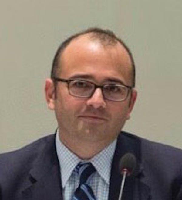 Zachary Tofias
