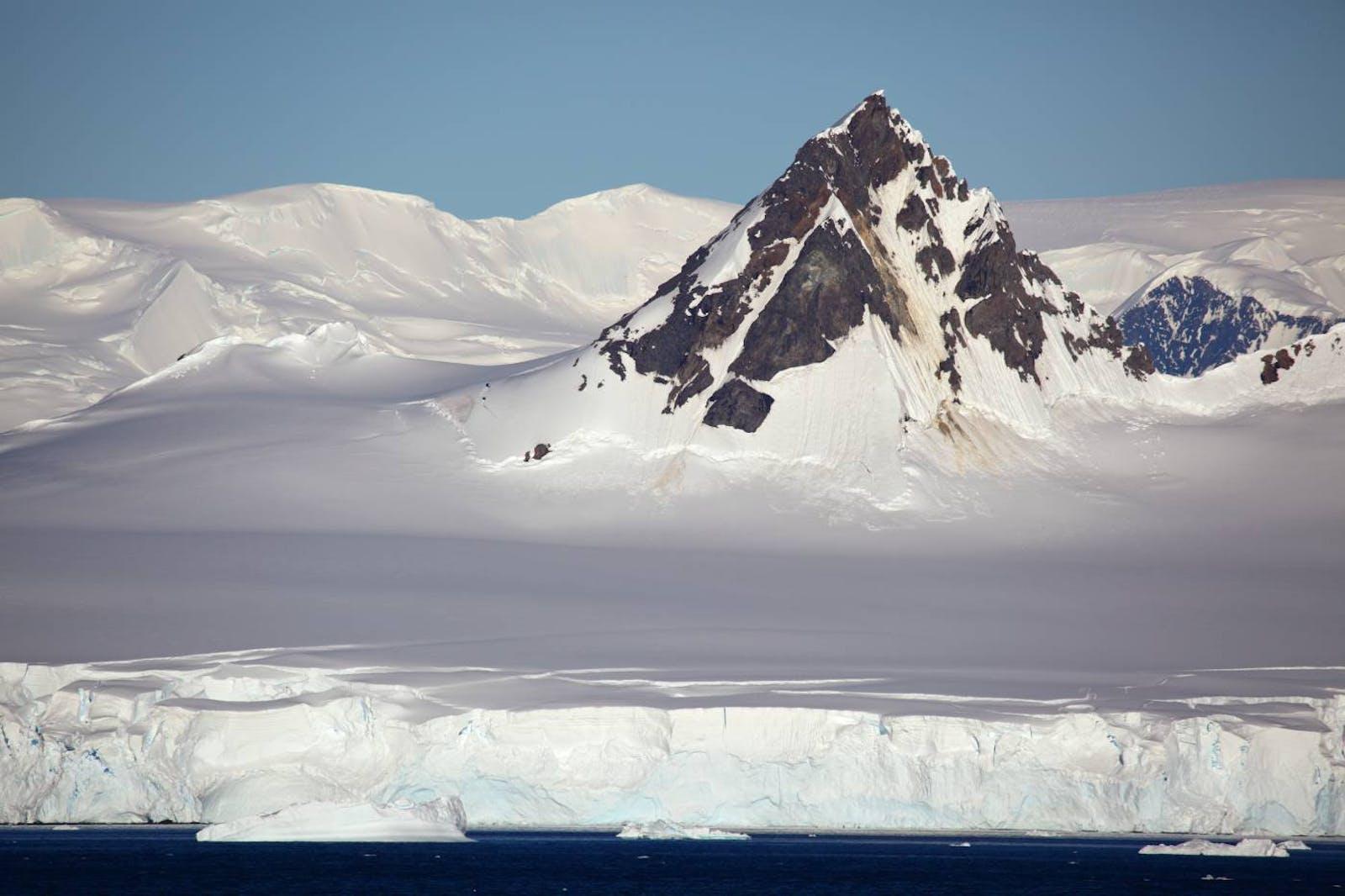 Central South Antarctic Peninsula Tundra