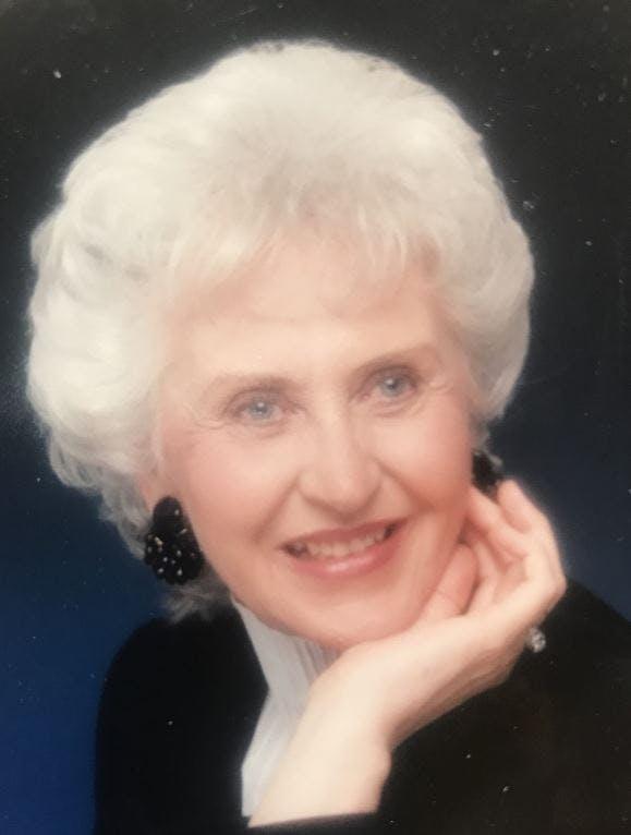 Virginia Lee Nichols