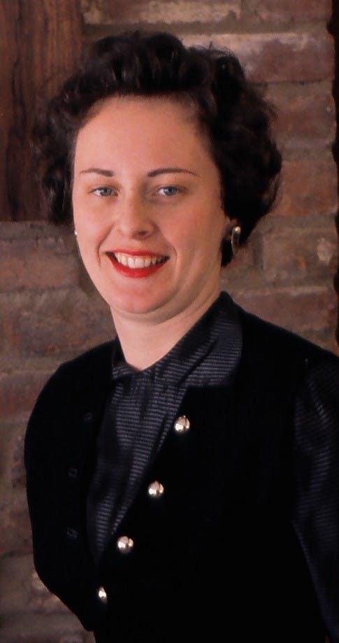 Anita R Beach