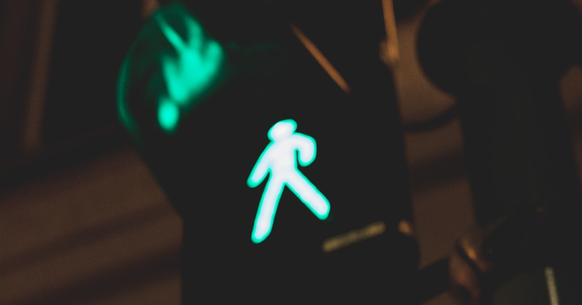 Day or night, retroreflective and light-up gear can save pedestrians' and cyclists' lives