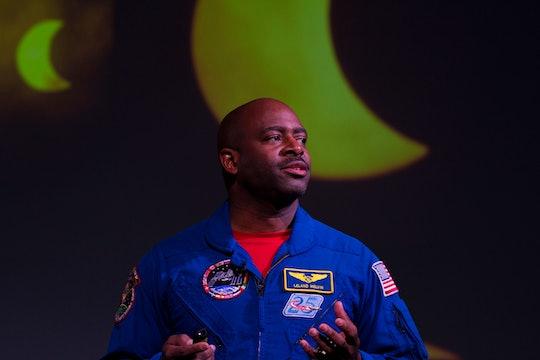 Astronaut Leland Melvin giving a speech