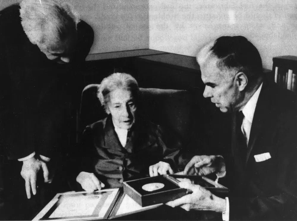 Lise Meitner receiving Fermi prize